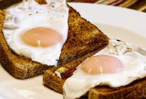 fried-eggs-456351__340